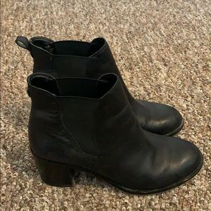 Sam Edelman Shoes - Black booties